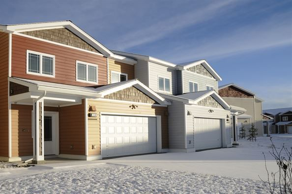 Winter Effects on Your Garage Doors | Modern Garage Doors- Door Doctor